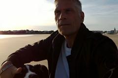 un-berger-australien-a-la-plage-16